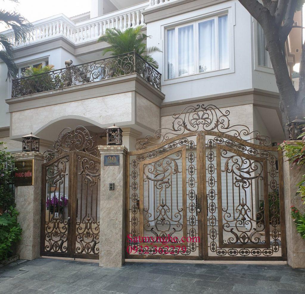 0e1e6710ecc20a9c53d3 1024x987 - Những mẫu cửa cổng sắt mỹ thuật đẹp nhất-cửa cổng biệt thự