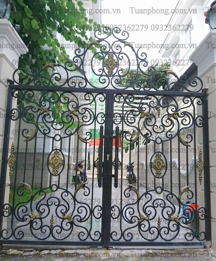 16473637 1188314627956059 7966520199606888511 n - Những mẫu cửa cổng sắt mỹ thuật đẹp nhất-cửa cổng biệt thự