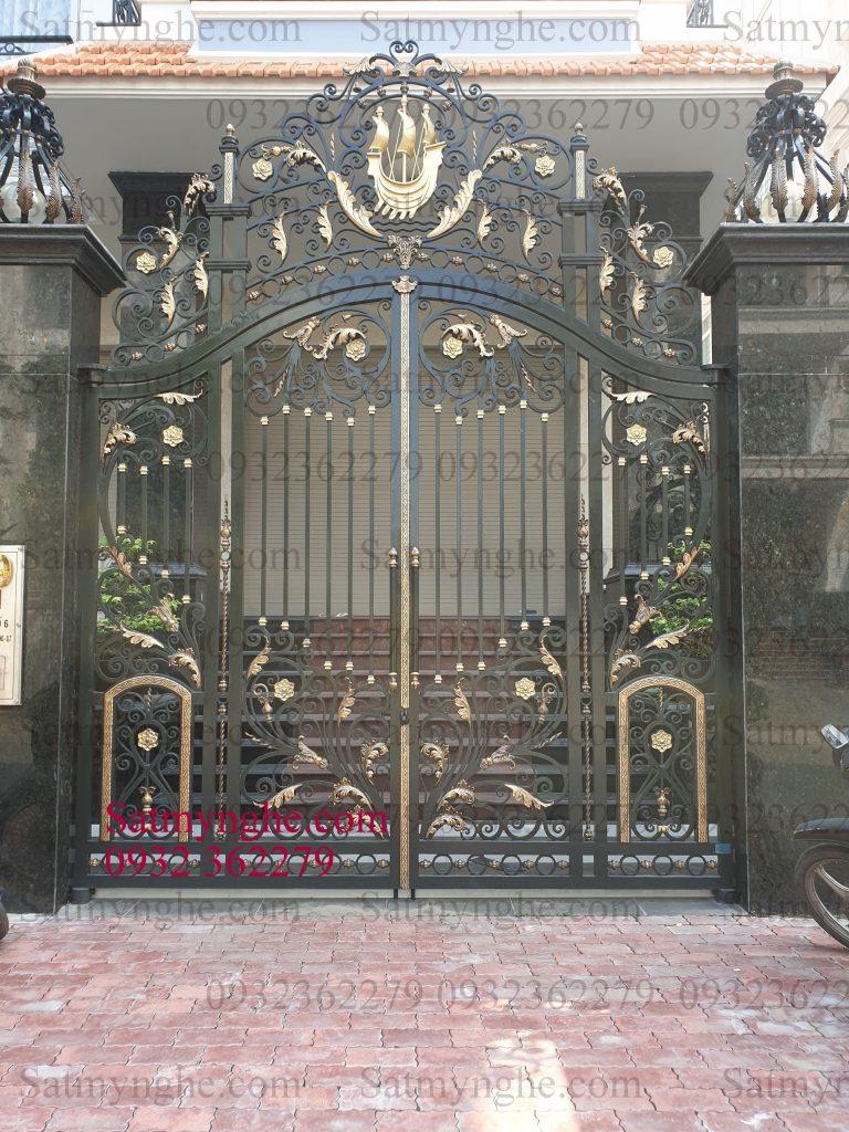 2aec116e97bc71e228ad 768x1024 - Những mẫu cửa cổng sắt mỹ thuật đẹp nhất-cửa cổng biệt thự