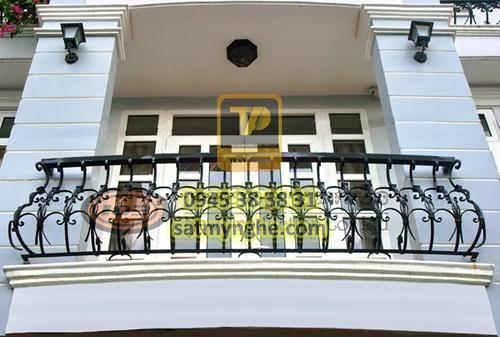 ban cong sat my nghe 02 1 - top 500+ mẫu ban công (balcons iron art) sắt mỹ nghệ đẹp nhất