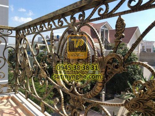 ban cong sat my nghe 12 1 - top 500+ mẫu ban công (balcons iron art) sắt mỹ nghệ đẹp nhất