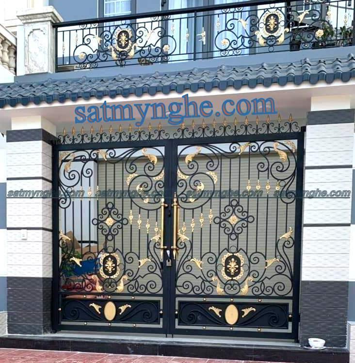 cs 5 - Vì sao nên chọn cổng sắt mỹ thuật trang trí cho ngôi nhà bạn?