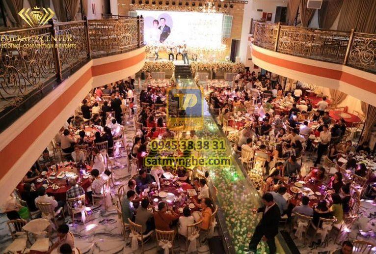 gia cong sat my nghe 10 - Công trình Emerald Center Wedding - Convention & Events