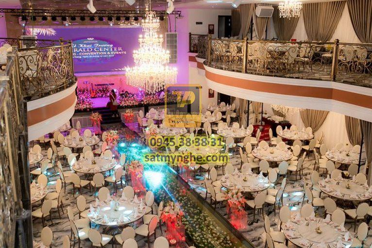 gia cong sat my nghe 11 - Công trình Emerald Center Wedding - Convention & Events